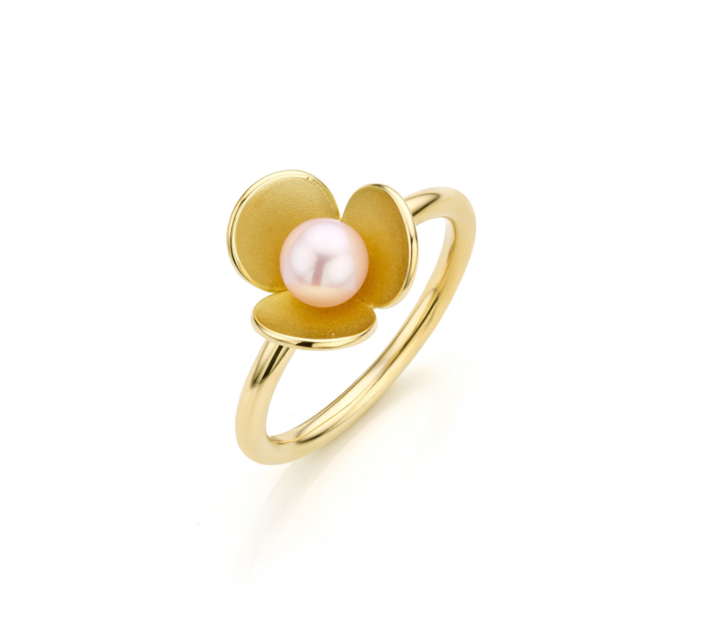 Day dream ring met parel.