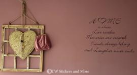 HOME is where LOVE resides (lettertype naar keuze)