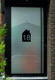 Huis met huisnummer (lettertype en huis naar keuze)
