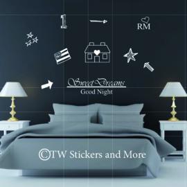 Doodles met Sweet Dreams en Good Night (lettertype en huisje naar keuze)