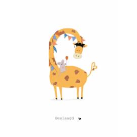 GESLAAGD GIRAFFE - Nadine Illustraties