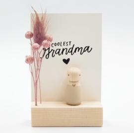 """Cadeaudoosje """"Coolest grandma"""""""