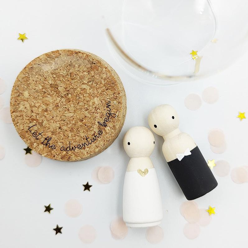 Cadeaustolpje, houten poppetjes bruidspaar | Sweet Petite Jolie