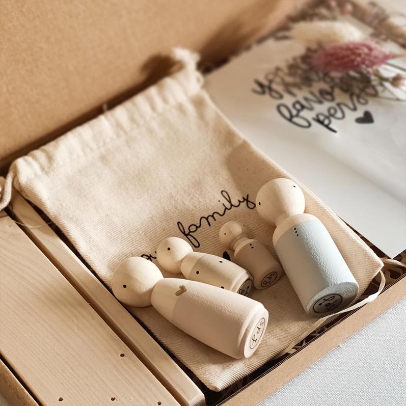 Houten poppetjes, cadeau Moederdag, poppetjes cadeauzakje | Sweet Petite Jolie