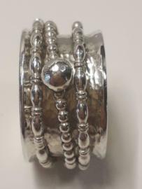 zilveren spinningring.