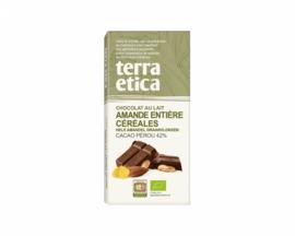 Chocolat au lait aux amandes entières, pétales de maïs et céréales