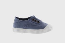 Victoria // Sneaker Azul