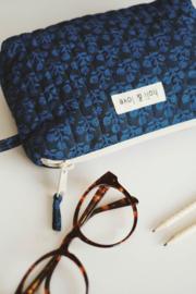 Holi & Love // Small bag - blue flower