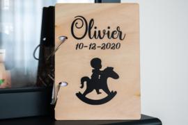 Kaartjeshouder geboortekaartjes 'Olivier'