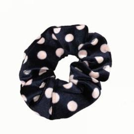 Fluwelen Scrunchie (zwart - beige dots)