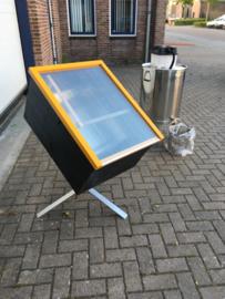 zonnewas smelter Smalto II met opzet stuk en verzwaarde voet