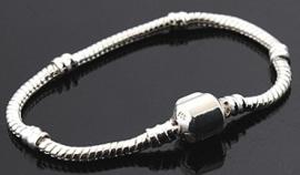 Pandora-style armband met bolsluiting - verzilverd