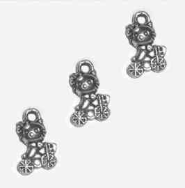 Bedel Hanger Hello Kitty op fiets – Antiek Zilverkleur – Metaal – 13x8mm - 5 stuks