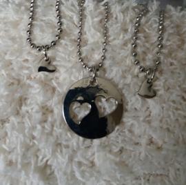 Zilverkleurige Halsketting voor Moeder en 2 Dochters - Hartjes