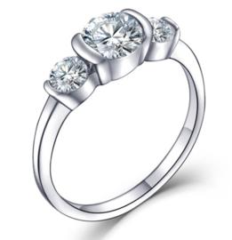 RVS Ring met 3 schitterende Zirkiona steentjes  316L stainless steel