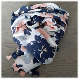 Zomersjaal met donkerblauw en roze bloemen met paulettes en kwastjes