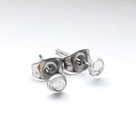 Stainless steel oorsteker met transparant plaksteentje - 4mm