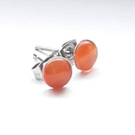 Stainless steel oorsteker met oranje plaksteen kattenoog 6mm
