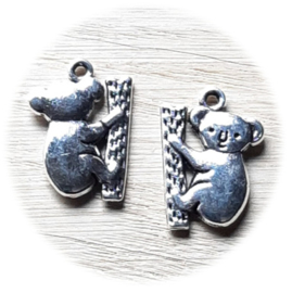 Bedel Hanger 3D Koala Beertje – Antiek Zilver Metaal – 20x14mm