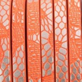 Plat Fluor Oranje/Zilverkleur 5x2mm Imitatieleer met Reptielprint - 18cm