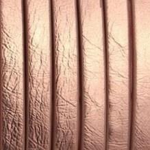 Plat imitatieleer 5x2mm metallic bruinachtig roze - 20cm
