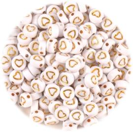 Letterkralen wit met goudkleur hartje 7x4mm - 20 stuks