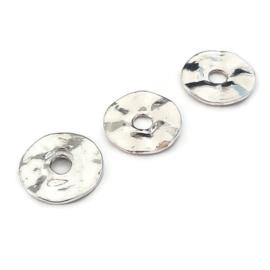 Metalen Kraal Golvende Rondel 16mm - Oud Zilverkleur
