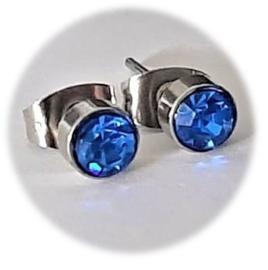 Stainless steel oorsteker met zirkiona - 5mm - blauw