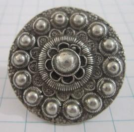 Grote Platte Ring met 4cm Zeeuwse Knop